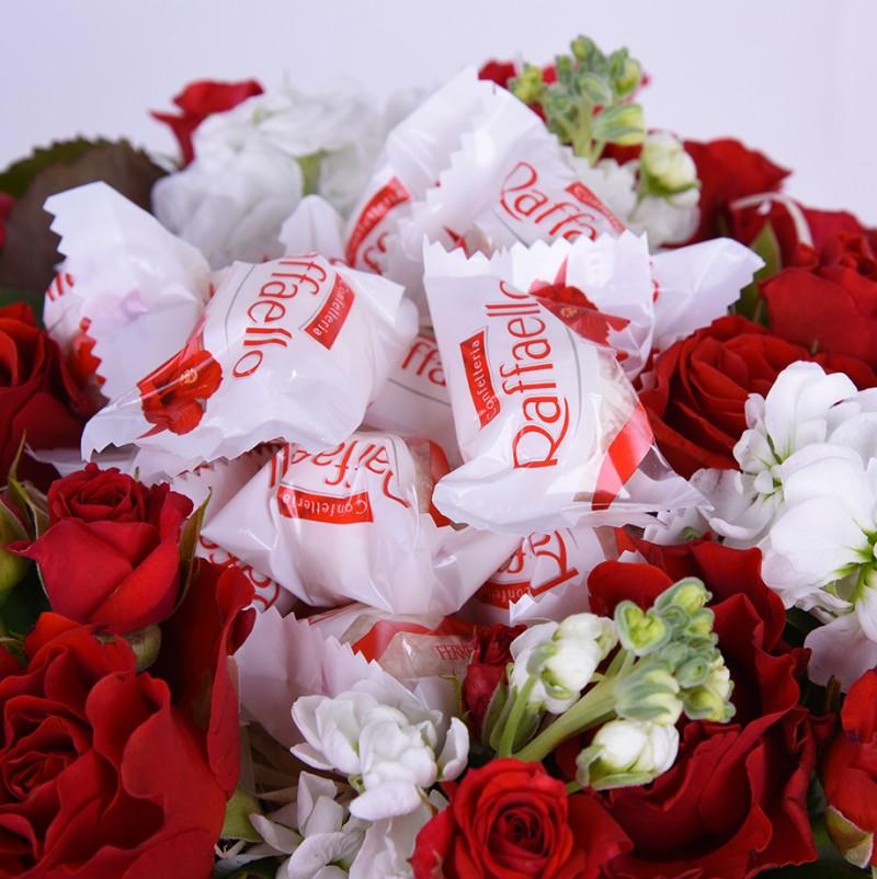 качественные букет цветов и коробка конфет картинки территории мурманской области
